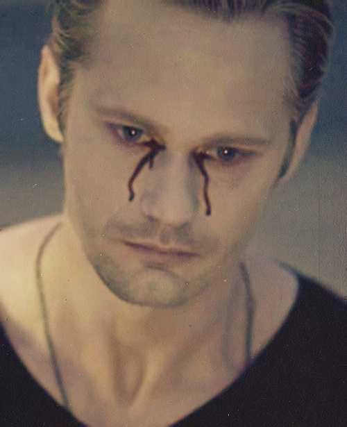 Alexander Skarsgård crying